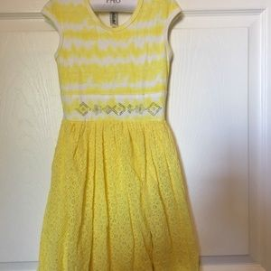 Other - Girl's Yellow Dress Size 6